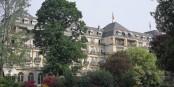 """C'est dans le cadre magnifique du """"Brenners"""" à Baden-Baden que Daniel Hoeffel s'est vu remettre le """"Coeur de l'Europe en Or"""". Foto: Brenner's Parkhotel & Spa / Wikimedia Commons"""