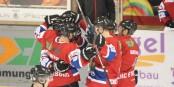 So will man die Freiburger Eishockey-Cracks jubeln sehen. Am liebsten am Gründonnerstag, wenn es in Freiburg gegen die Kassel Huskies geht. Foto: © Kai Littmann