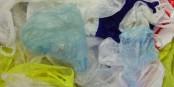 Bis 2019 soll der Verbrauch dieser dünnen Plastiktüten in der EU um 80 % gesenkt werden. Bis 2017 schon um 50 %. Foto: Trosmisiek / Wikimedia Commons