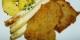 """Klar. Lecker. Der Spargel hat nur 65 Kalorien pro 500 Gramm. Dafür schlagen die """"Beilagen"""" richtig heftig an. Foto: Dr. Bernd Gross / Wikimedia Commons"""