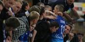Fünf Minuten vorher wollten die Fans ihr Team in Straßburg noch zum Teufel jagen. Doch dann hatten sich alle wieder lieb. Foto: © Phil Bergdolt / LAFA