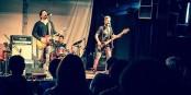 VDELLI in Freiburg: Michael Vdelli, Ric Whittle und Leigh Miller spielten und gaben Antworten im Auditorium der JRS. Foto:  Novak Day