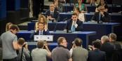 Matteo Renzi (assis au milieu en bas) veut rendre l'Europe plus sociale. Seulement, il manque les moyens... Foto: © Claude Truong-Ngoc / Eurojournalist(e)
