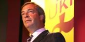 Nigel Farage - il pourrait donner l'exemple en quittant le Parlement Européen où il perçoit un excellent salaire pour saboter la construction européenne. Foto: Euro Realist Newsletter / Wikimedia Commons / CC-BY-SA 2.0