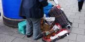 Wer arm ist, wird in unserer Gesellschaft doppelt bestraft - durch Mangel und Stigma. Und arme Flüchtlinge will man schon gar nicht. Foto: blu-news.org / Wikimedia Commons / CC-BY 2.0