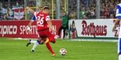 A la 80e minute, tout allait encore bien. Felix Klaus marquait le 2-1, mais la fin du match allait tout changer. Foto: © KL / Eurojournalist(e)