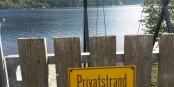 Pour accéder à cette plage à Titisee, il faut être client d'un hôtel étoilé. La nature dans la région payante? Foto: Kai Littmann