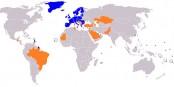 En bleu, la zone SEPA. En orange, les pays qui connaissent le système IBAN. Foto: Alinor / Wikimedia Commons / CC-BY-SA 3.0