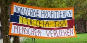 Wie hier in Freiburg haben sich am Samstag die Menschen in ganz Europa gegen die geplanten Freihandelsabkommen ausgesprochen. Foto: © KL