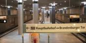 """Un exemple pour l'échèc de grands projets en Allemagne. La """"ligne de la chancelière"""" du métro berlinois - livrée en retard, chère et utilisée par personne - donc superflue. Foto: © Kai Littmann"""
