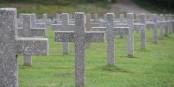 Damit all diese Menschen nicht völlig umsonst gestorben sind, müssen wir uns heute gemeinsam daran erinnern, wie Hass, Gewalt und Krieg entstehen. Um diese zu verhindern. Foto: Eurojournalist(e)