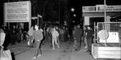 Le soir du 9 novembre 1989, les Berlinois avaient encore du mal à y croire. Foto: Bundesarchiv, Bild 183-1989-1110-018, Oberst, Klaus, Wiki Commons, CC-BY-SA 3.0de