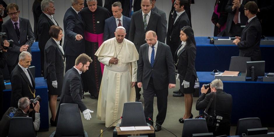 Le Pape et Martin Schulz. Foto: (c) Claude Truong Ngoc / Eurojournalist(e)