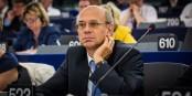 Während Europa und Frankreich Sanktionen gegen Russland ausgesprochen haben, sammelt Jean-Luc Schaffhauser dort für den FN Kredite ein. Foto: (c) Claude Truong-Ngoc