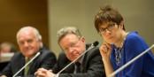 La Ministre-Présidente de la Sarre, Annegret Kramp-Karrenbauer, montre la voie. Est-ce que le Rhin Supérieur suivra ? Foto: Claude Truong-Ngoc / Eurojournalist(e)
