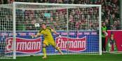 Le gardien du Bayer 04 Leverkusen, Bernd Leno, n'a pas tremblé face au SC Freiburg. Foto: Eurojournalist(e)