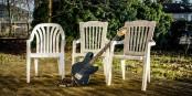 """Die nicht aus Finnland stammende Band The Lost (siehe Bandfoto) musste sich im Auswahl-Casting gegen keinerlei andere Band durchsetzen. Obwohl die Band noch einen Bassisten sucht (einen Hinweis hierauf haben die Musiker angeblich in ihrem Bandfoto versteckt), wollen sich """"The Lost eigenen Angaben zufolge dazu hinreißen lassen, sich mit persönlich uminterpretierten Jazzstandards auf Basis balladiger Bluesrock-Nummern im Stil bluesrockiger Balladen in rockige Balladenblusen zu spielen. Foto: The Lost"""