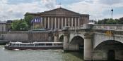 Momentan ist das französische Parlament ebenso schön wie nutzlos... Foto: Véronique PAGNIER / Wikimedia Commons / PD
