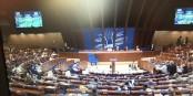 Pas exactement efficace, mais important quand même - l'Assemblée parlementaire du Conseil de l'Europe. Foto: Antoine Spohr / Eurojournalist(e)