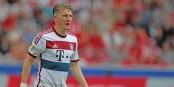 Bastian Schweinsteiger wird von den Bayern nach Manchester verkauft. Die spinnen, die Bayern... Foto: Eurojournalist(e)