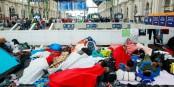 L'eurodéputée Rebecca Harms a documenté comment la Hongrie laisse les réfugiés à l'abandon à la gare de Budapest. Foto: Rebecca Harms, Wendland, Germany / Wikimedia Commons / CC-BY 2.0