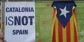 Wären die Dinge so klar wie auf diesem Plakat, wäre es einfach, die Katalonien-Frage zu lösen. Ist es aber nicht. Foto: Christian Van der Henst S. / Wikimedia Commons / CC-BY 2.0