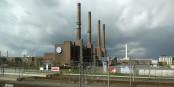 Depuis hier, le géant de l'automobile de Wolfsburg est sans capitaine. Des nuages sombres s'amassent au-dessus de l'usine VW... Foto: Hannes Grobe / Wikimedia Commons / CC-BY-SA 3.0