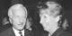 Le 3 octobre 1990, les deux chefs des deux états allemands trinquaient à l'unification - Richard von Weizsäcker (RFA) et Sabine Bergmann-Pohl (RDA). Foto: Bundesarchiv Bild 183-1990-1002-033 / Settnik, Bernd / Wikimedia Commons / CC-BY-SA 3.0