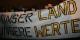 """Was die Träger dieses Plakats unter """"Werten"""" verstehen, kann man leicht erahnen... mit """"europäischen Werten"""" hat das alles nichts zu tun. Foto: blu-news.org / Wikimedia Commons / CC-BY 2.0"""