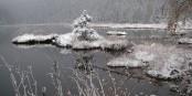 Jetzt geht's los - wir tauschen Badehose und T-Shirt gegen Wollmütze und Dauenjacke und freuen uns auf einen tollen Winter! Foto: Rosa-Maria Rinkl / Wikimedia Commons / CC-BY-SA 3.0