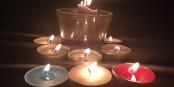 Heute um 12 Uhr mittags wird ganz Europa im Gedenken an die Opfer der Terroranschläge von Paris schweigen. Schweigen Sie mit. Foto: Ashley Steel, San Diego, USA / Wikimedia Commons / CC-BY 2.0