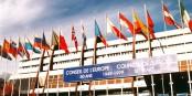 """C'est ici qu'aura lieu le """"Forum Mondial de la Démocratie"""". Mais sans les enfants, pour des raisons de sécurité. Foto: Ziko / Wikimedia Commons / CC-BY-SA 3.0"""