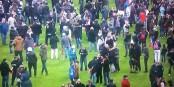 Il faudra trouver des solutions pour ne jamais plus devoir assister à ce genre de scène comme au Stade de France vendredi. Foto: ScS EJ