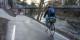 Vorbei die Zeiten des Sich-Duckens und Gegenverkehr-Abwarten-Müssens: Der Radwegdurchlass am Mariensteg wurde verbreitert und erhöht, der Radweg neu geteert. Foto: Bicker