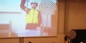 Die Physikshow von Prof. Dr. Horst Fischer und seinem treuen Begleiter Herrn Wensch ist umwerfend! Foto: Eurojournalist(e)