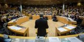"""Le nouveau président de la région """"ACAL"""" lors de son premier discours devant le nouveau Conseil Régional lundi à Strasbourg. Foto: Claude Truong-Ngoc / Eurojournalist(e)"""