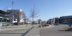Dans le bâtiment à gauche du complexe de la gare de Kehl, vous trouverez le Centre de Placement transfrontalier. Foto: Pehaha / Wikimedia Commons / CC-BY-SA 4.0int
