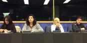 Personnalités et jeunes se sont rencontrés au Parlement Européen - une génération qui donne de l'espoir... Foto: Jeunes Européens