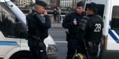Sondereinheiten in Kampfmontur gehören in Paris wieder zum Straßenbild. Foto: Kevin.B / Wikimedia Commons / CC-BS-SA 3.0