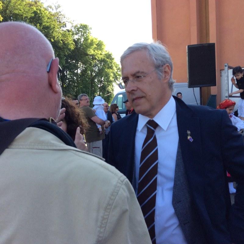 Le Consul Général du Portugal en discussion avec Antoine Spohr d'Eurojournalist(e). Foto: Gervaise Thirion