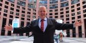 """Dankbar für die Straßburger """"Ries-Vision"""" - Europaabgeordneter Arne Gericke (Familien-Partei). Foto: Familienpartei"""
