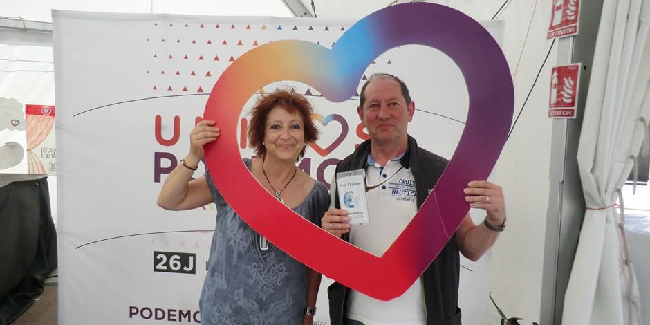 Rosa Magallon Botaya, maire-adjointe de la ville de Saragosse et Jacques Schmitt, voyageur européen. Foto: JS
