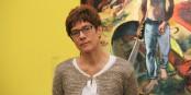 Die saarländische Ministerpräsidentin Annegret Kramp-Karrenbauer zeigte sich sehr von der Ausstellung in Metz angetan. Foto: Eurojournalist(e)