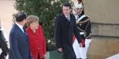 Dem Blick nach zu urteilen, würde Angela Merkel wohl eher Hollande als Valls wählen. Aber das zählt nicht... Foto: Eurojournalist(e)