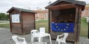 Marché de Noël Place Broglie ? Non, stand européen d'Unir l'Europe à Lisbonne... Foto: privée