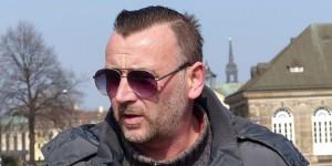 """Malgré la création d'un nouveau parti d'extrême-droite, le FDDV, le leader de la """"Pegida"""" Lutz Bachmann veut continuer à fédérer les crânes rasés dans la rue. Foto: blu-news.org / Wikimedia Commons / CC-SA 2.0"""
