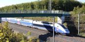 """Der TGV """"fliegt"""" jetzt in 1:49 Stunden von Strassburg nach Paris. Und umgekehrt noch 3 Minuten schneller. Foto: Ketounette / Wikimedia Commons / CC-BY-SA 4.0int"""