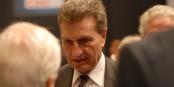 Dès que Günther Oettinger prend la parole, il faut écouter attentivement - ses déclarations racistes et homophobes font honte à toute l'Allemagne. Foto: CDU/CSU Bundestagsfraktion / Wikimedia Commons / CC-BY-SA 3.0
