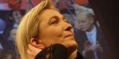 Ist so ziemlich gegen alles und nicht so richtig FÜR irgendetwas - Marine Le Pen. Foto: Antoine Bayer / Wikimedia Commons // CC-BY-SA 2.0