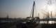 Belle ambiance en fin de journée sur la Passerelle des Deux Rives... Foto: Richieman / Wikimedia Commons / PD